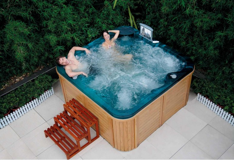 simple spa jacuzzi exterior ata with jacuzzis exterior - Jacuzzis Exterior